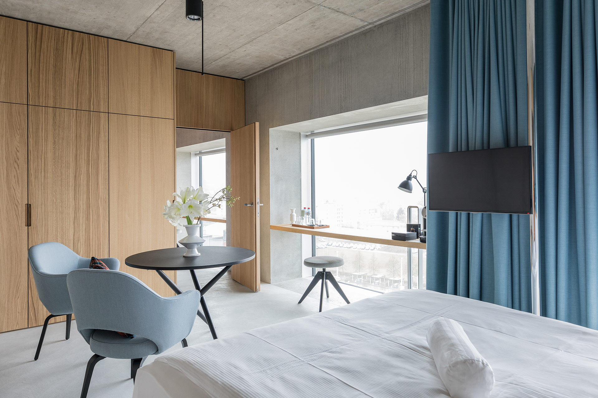 The placid new business hotel in zurich altstetten for Room design zurich